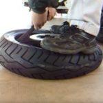 バイクタイヤ手組み方法